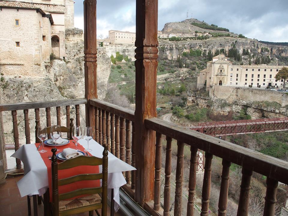 Comer en las Casas Colgadas de Cuenca